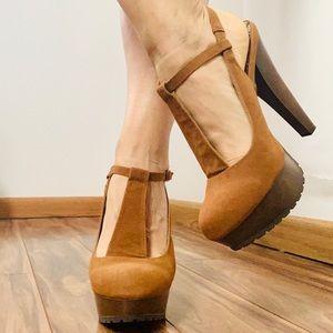 Qupid Platform Heels Neutral Brown Wrislet Ankle